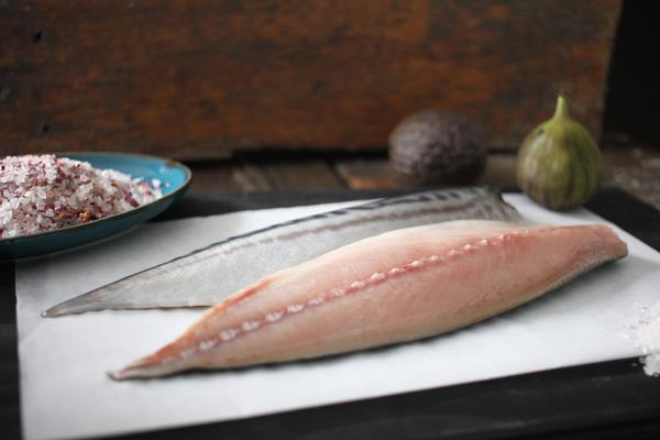 Makrelenfilet gesalzen