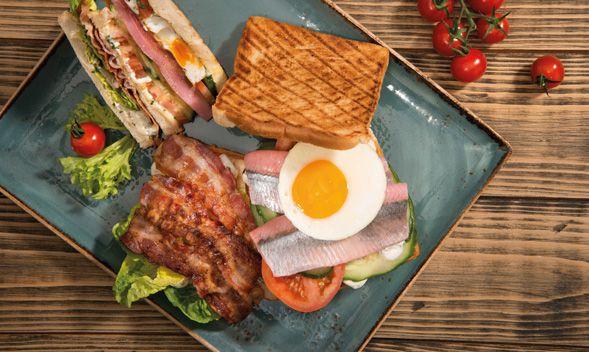 media/image/fokken-rezeptbild-club-sandwich.jpg